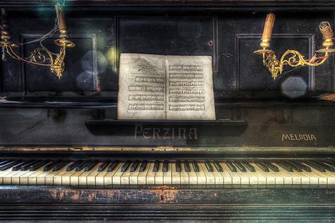 "Aluminium schilderij ""Lacour – Perzina piano"" van Mondiart"