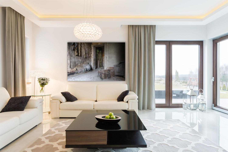 Fotografie kunstwerk lacour kamer met dekens en kist op dibond te koop - Kunst en decoratie kamer ...