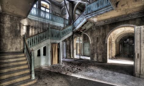 Fotografie kunstwerk lacour gang met trappen op dibond te koop - Gang met trap ...