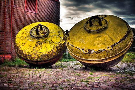 """Aluminium schilderij """"Gele bakens"""" van Mondiart"""
