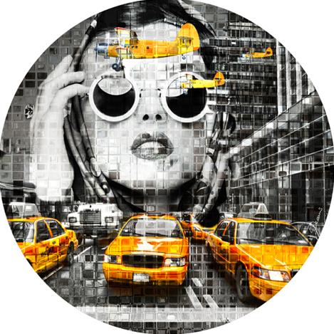 """Aluminium schilderij """"Bas – Yellow cab face"""" van Mondiart"""