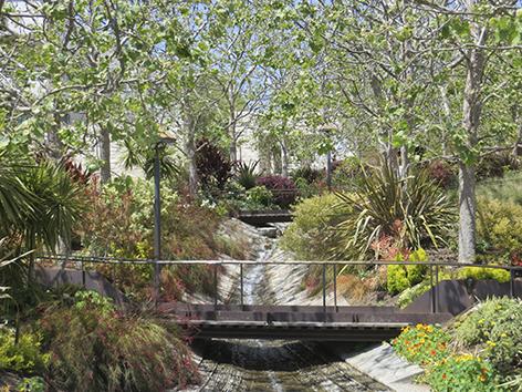 "Aluminium schilderij ""Green garden"" van Mondiart"