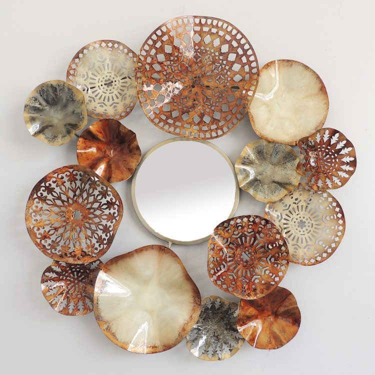 "Metalen wanddecoratie ""Fifteen brown circles"""