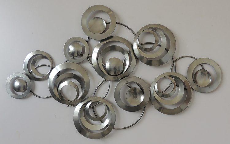 Eleven silver circles