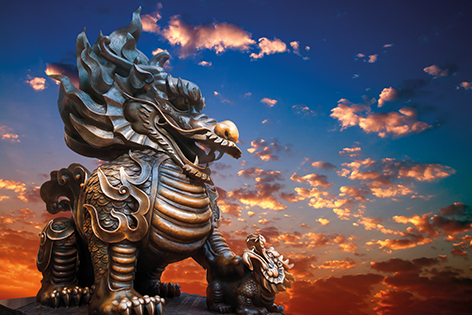 Traditional Chinese dragon statue