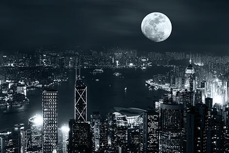 "Aluminium schilderij ""Full moon above Hong Kong"" van Mondiart"