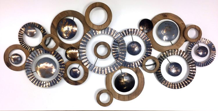"Metalen wanddecoratie ""A lot of circles"""