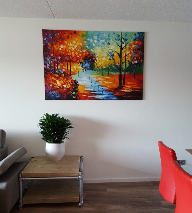 Gelukkig met de boswandeling in onze woonkamer, eindelijk een kleurrijk geheel zonder naar buiten te gaan!