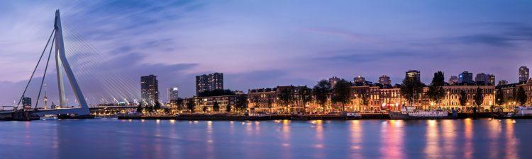 """Aluminium schilderij """"Rotterdam Erasmusbrug panorama foto"""" van Quentin"""