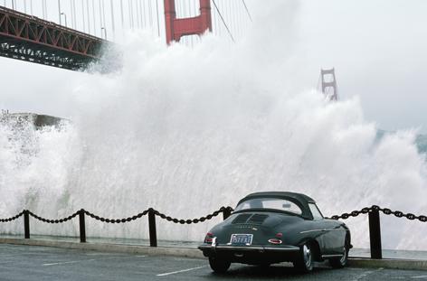 Waves crashing over Golden Gate