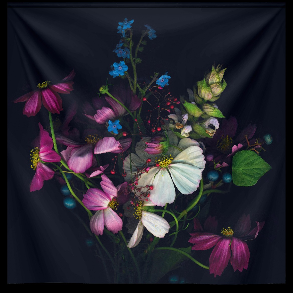 variety of flowers wandkleed