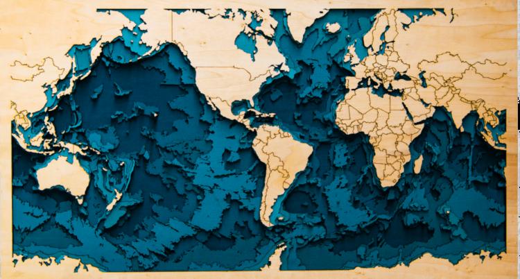 """Houtsnijwerk """"Wereldkaart 3D"""""""