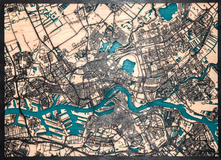 "Houtsnijwerk ""Rotterdam landkaart"""