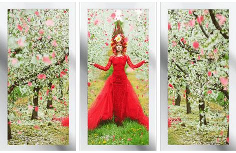"""Ingelijste poster """"Drieluik Woman in blooming garden"""" van Mondiart"""