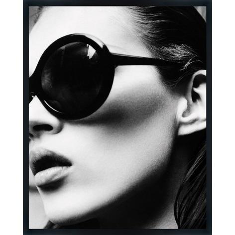 """Ingelijste poster """"Kate Moss met zonnebril"""" van Mondiart"""
