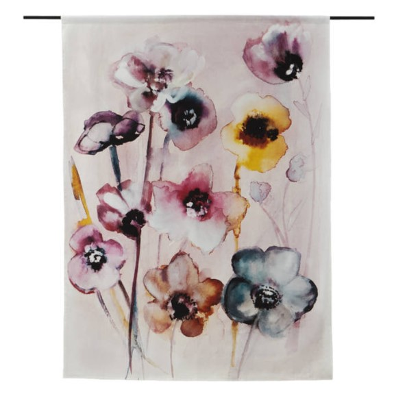 "Wandkleed ""Flowers in Soft Hues"" van Urban Cotton"