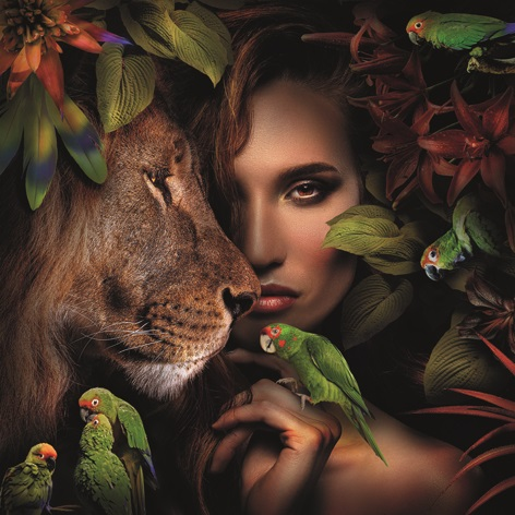"Aluminium schilderij ""Woman with lion"" van Mondiart"
