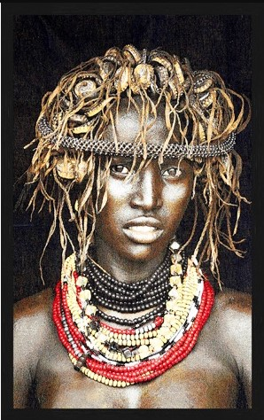 "Portrait Gobelin ""Dassenech Girl Color"" van Mondiart"