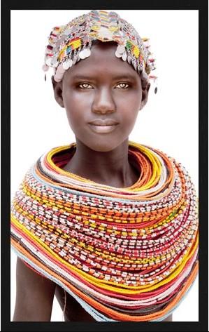 """Portrait Gobelin """"Samburu Girl Bright"""" van Mondiart"""