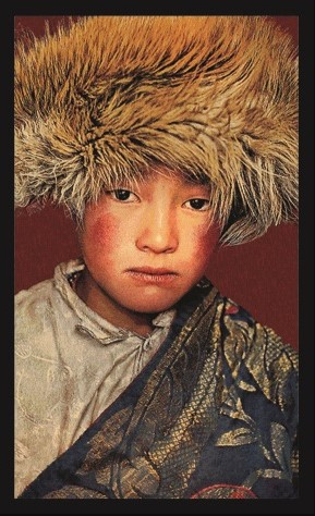Portrait Gobelin Tibetan Boy van Mondiart