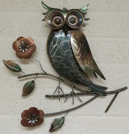"""Metalen wanddecoratie """"Uil op een stok"""""""