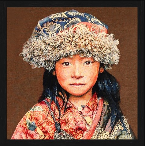 "Vierkant Gobelin ""Tibetan Child Taupe"" van Mondiart"