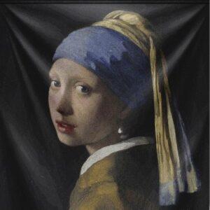 """Wandkleed """"Girl with the Pearl Earring"""" van Mondiart"""