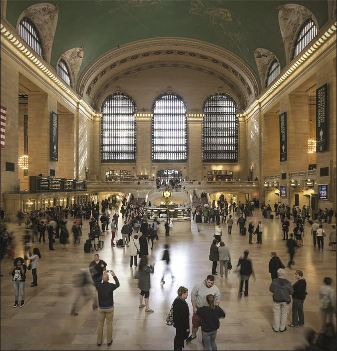 Wandkleed Main hall Grand Central NY van Mondiart