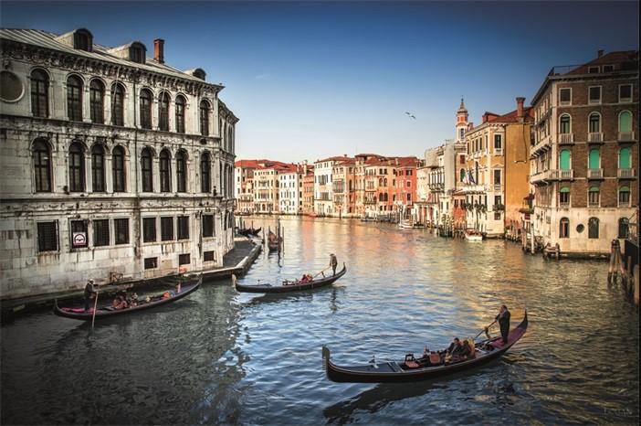 """Aluminium schilderij """"Old Fashioned Venice"""" van MondiArt"""