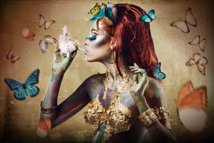 """Glasschilderij """"Butterfly woman"""""""