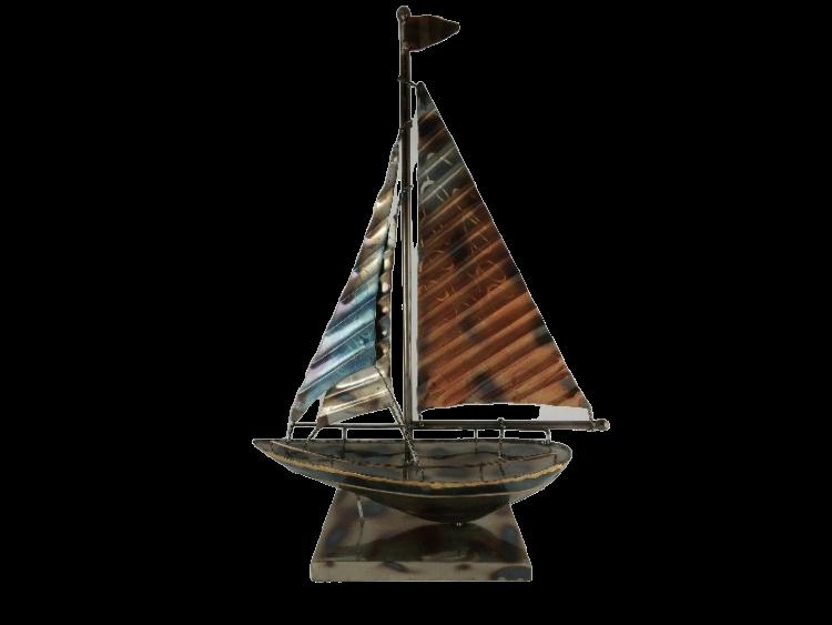"""Metalen beeld """"Stevige zeilboot"""""""