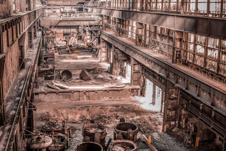 Urbex verlaten staalfabriek Belgie