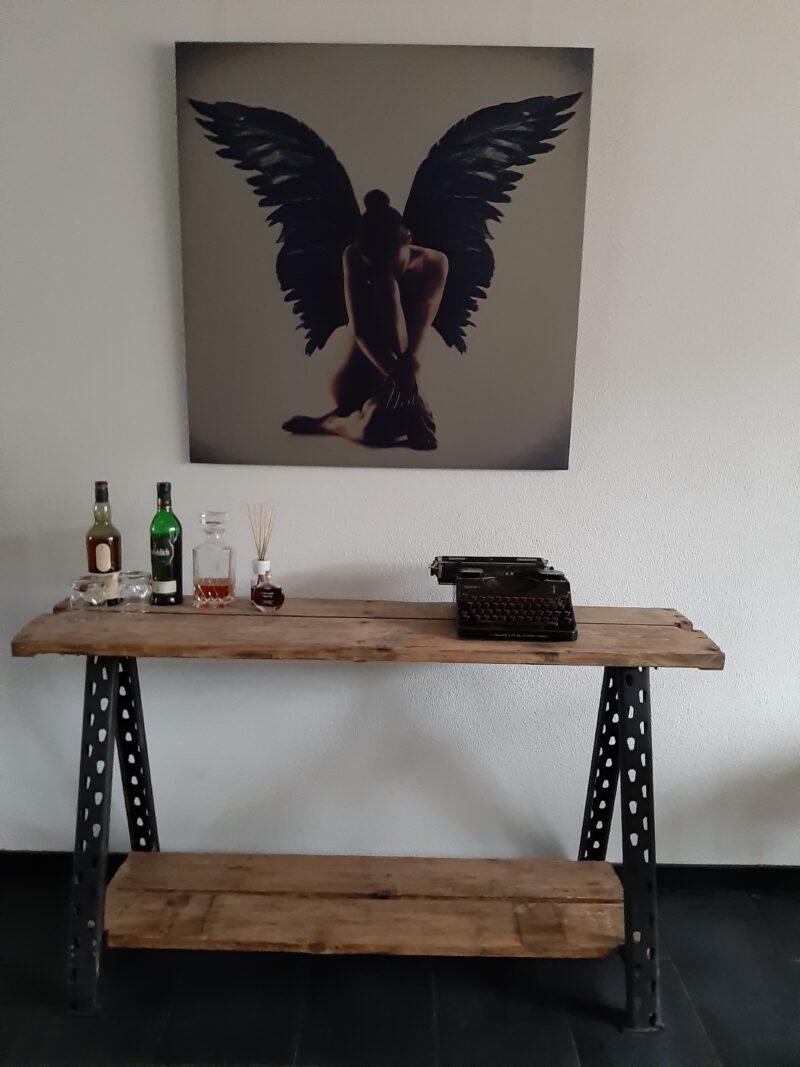 Naked angel – Feniks